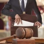 Defesa trabalhista garante direitos de empresas: conheça o processo jurídico