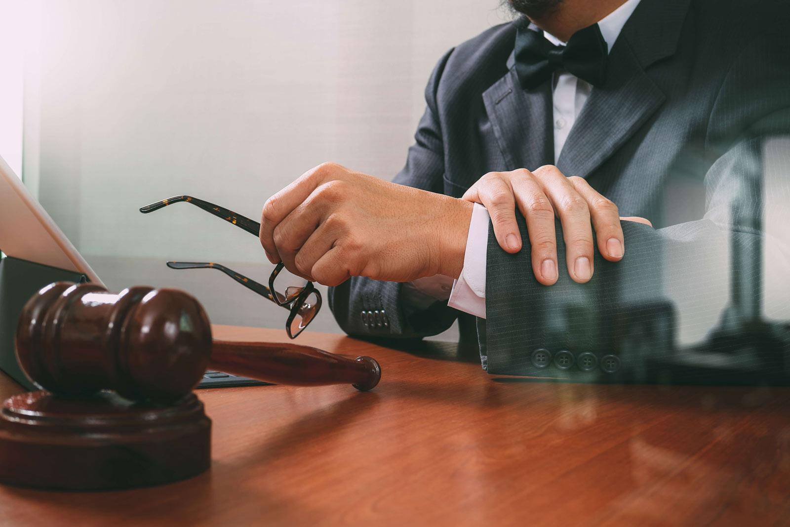 Gerente geral de banco tem direito a receber horas extras?
